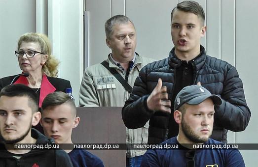 В Павлограде «Национальный корпус» сорвал сессию горсовета