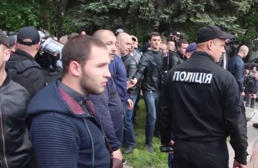 Украинские патриоты предостерегают польских европарламентариев от участия в планирующейся провокации в Днепре