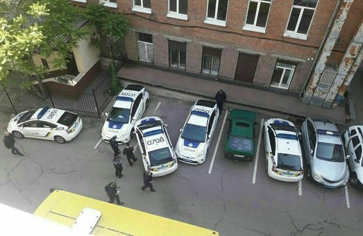 В Днепре - ДТП с участием трех патрульных машин