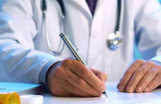 Медреформа: На Днепропетровщине более 500 врачей подписали максимальное количество деклараций