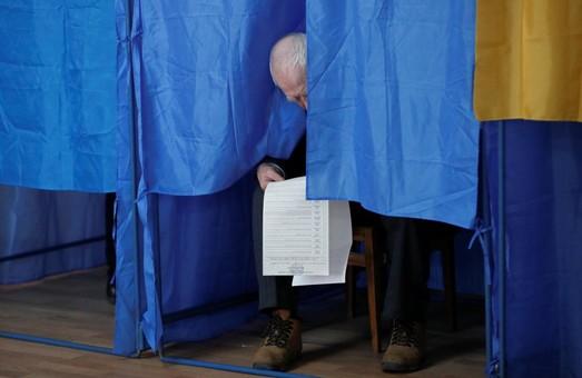 День выборов: В Днепропетровской области в полицию поступило около 300 сообщений о нарушениях