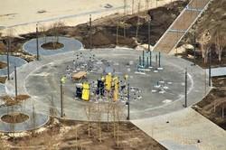 В Днепре на Набережной Победе продолжается строительство сквера «Прибрежный» (ФОТО)