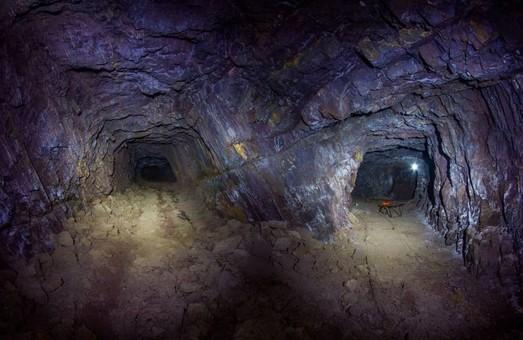 В заброшенной шахте под Днепром обнаружили дореволюционное оборудование (ФОТО, ВИДЕО)