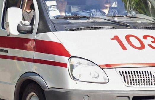 В Днепре Mercedes сбил пожилую женщину на ходунках (ФОТО)