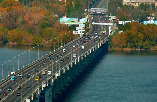 В Днепре из-за марафона закроют для транспорта Новый мост