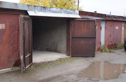 В Днепре продолжается демонтаж  нелегальных гаражей