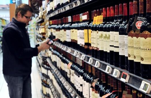 В Днепре усилят проверки магазинов и АЗС, продающих алкоголь