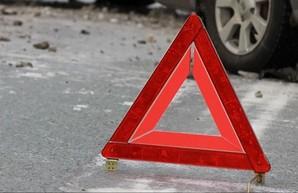 В Днепре под колесами иномарки погибла женщина. водитель сбежал с места ДТП