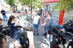 В Днепре продолжается борьба с незаконно установленными киосками (ФОТО)