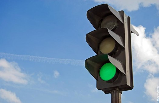 В Днепре увеличат время работы зеленого сигнала некоторых светофоров
