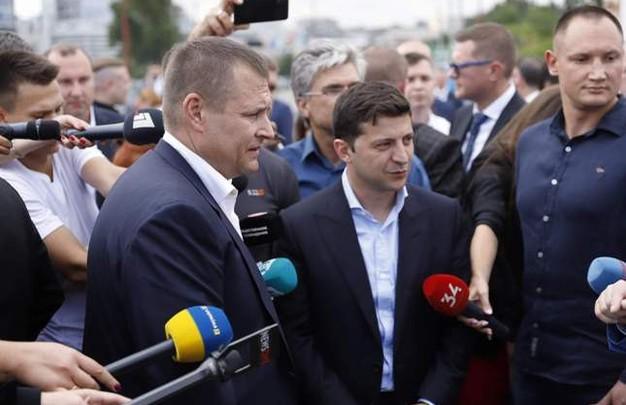 «Кто выиграет пари»: Букмекеры принимают ставки на Зеленского и Филатова