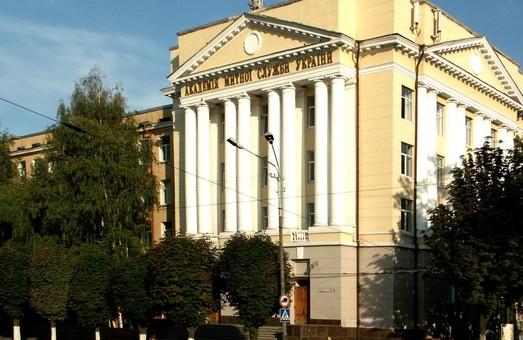 Университет таможенного дела и финансов открыл набор на пять новых специальностей и военную кафедру