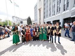 В Днепре появилась Аллея многонационального города (ФОТО)