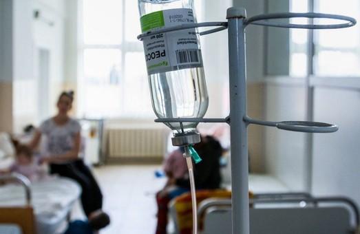 Массовое отравление в Днепре: госпитализированы 22 человека