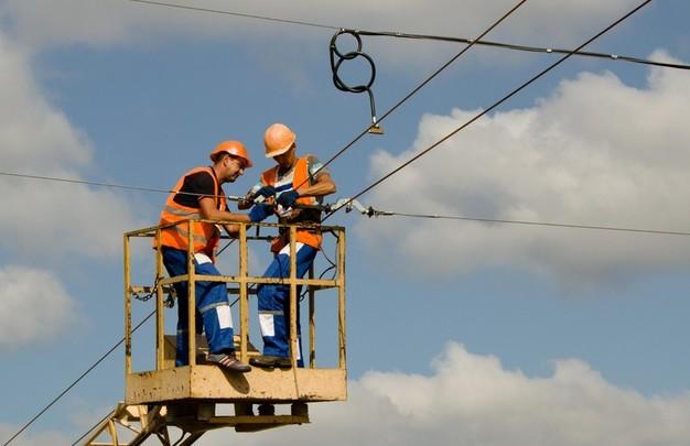 В Днепре завершается строительство троллейбусной линии на ж/м Солнечный (ФОТО)