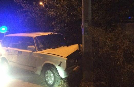 В Днепре ночная погоня патрульных за пьяным водителем закончилась ДТП