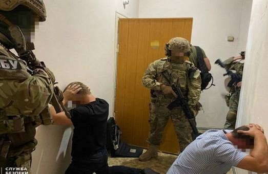 СБУ задержала участников ОПГ, которая занималась вымогательством