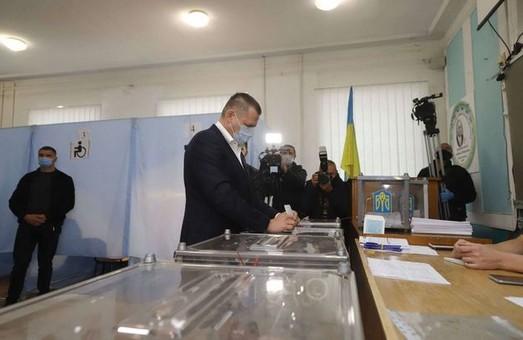 В Днепре удалось обеспечить безопасность и прозрачность избирательного процесса – Филатов