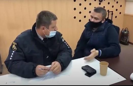 От 300 до 1500 гривен: в Днепре приспешники Краснова покупали голоса избирателей – СМИ