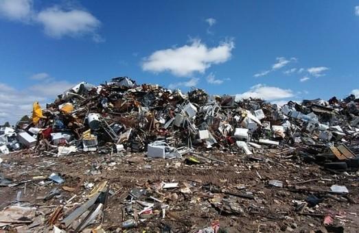 На Днепропетровщине появился опасный мусор из Львова